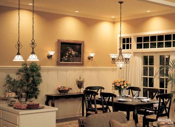 Come risparmiare ottimizzando luci e illuminazione in casa